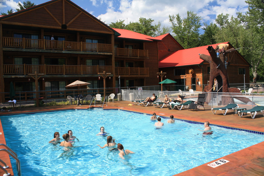 Water Fun At Meadowbrook Meadowbrook Resort In Wisconsin Dells Meadowbrook Resort In Wisconsin